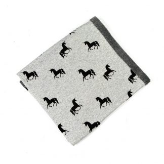 baby-fleece-blanket-unicorn-motif