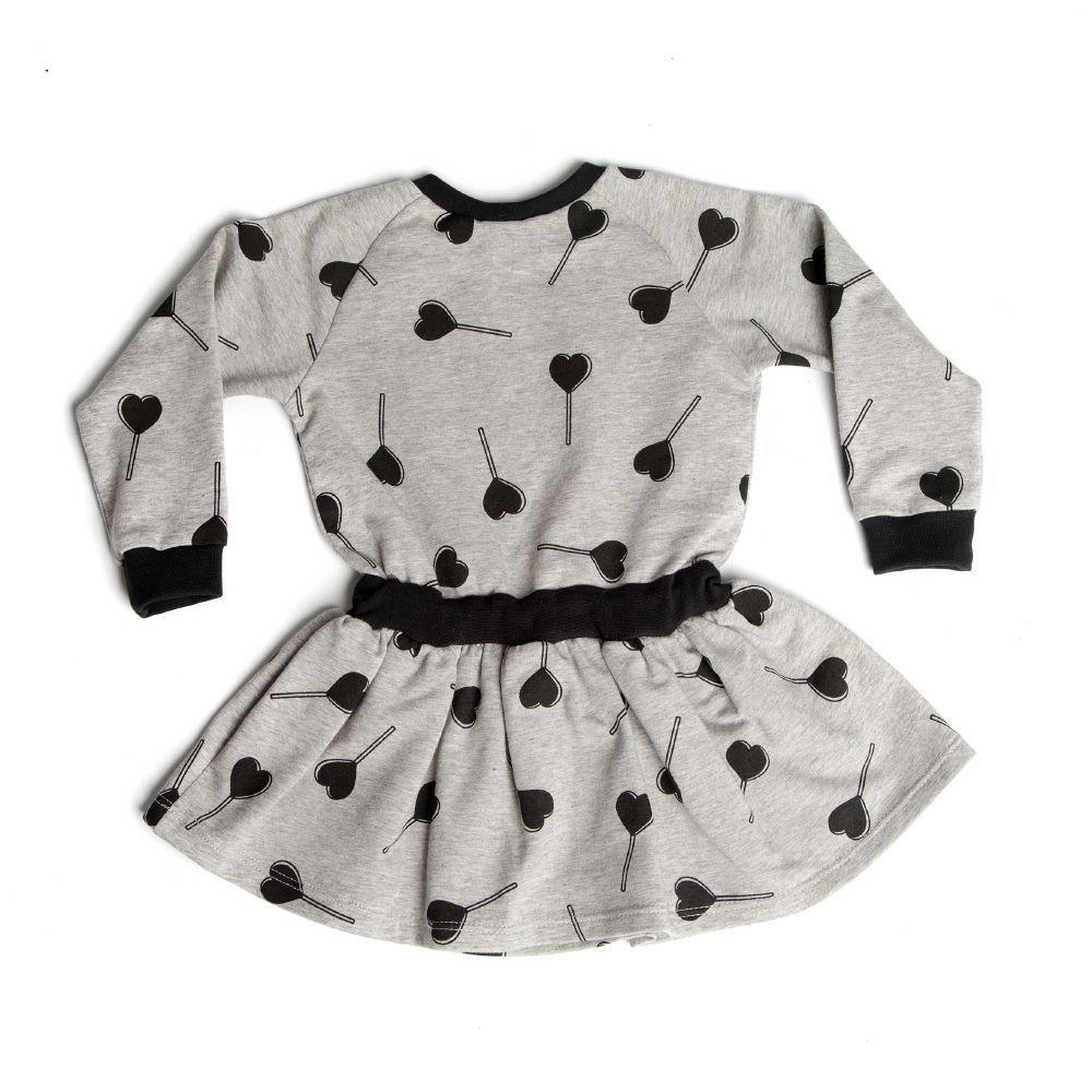 baby-jurkje-grijs-zwart-hartjes-print