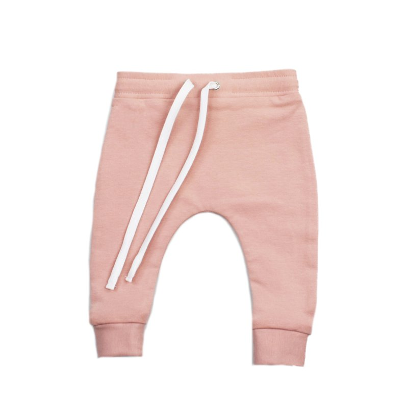 pink-babybroekjes-met-tunnelkoord