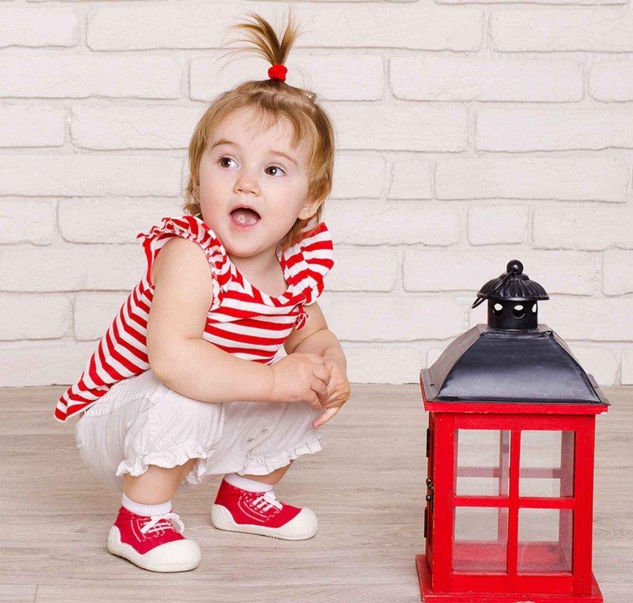 kinderschoentjes-sneakers-rood